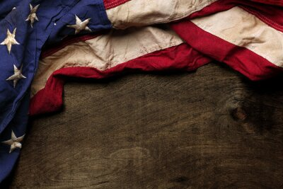 Plakat Old American flag background na Dzień Pamięci i 4 lipca