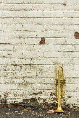 Plakat Old Brick Wall trąbka