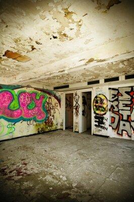 Plakat opuszczony budynek, grunge ścianie