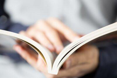 Plakat Otwórz i przeczytaj książkę