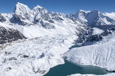 Plakat piękny widok na Himalaje z Gokyo Ri około