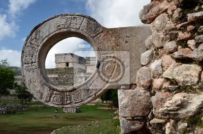 pierścień kamień do gry w piłkę w Uxmal na Jukatanie