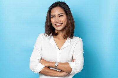 Plakat portrait business woman asian on blue background