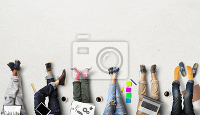 Plakat Praca zespołowa personelu, kreatywna i przyjazna atmosfera