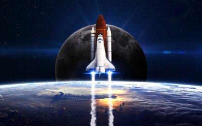 Plakat prom kosmiczny startujący na misji. Elementy tego zdjęcia dostarczone przez NASA