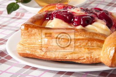 Pyszne Cherry ciasto z kremem