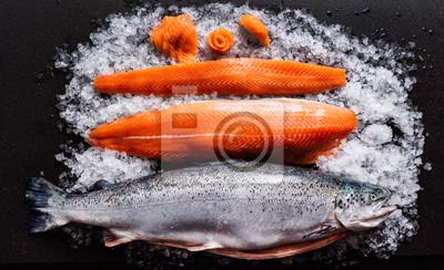 Plakat raw salmon fish on the ice