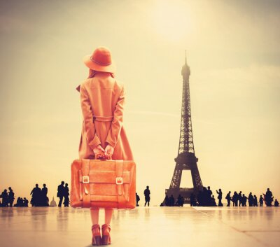 Plakat Redhead dziewczyna z walizką