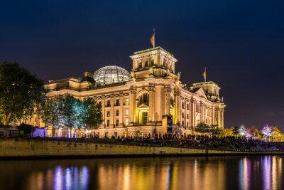 Plakat Reichstag in Berlin am Abend