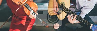 Plakat reklama instrumentu muzycznego. koncepcja warsztat skrzypce gitara