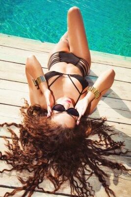 Plakat relaks w basenie