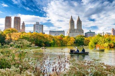 Plakat Relaks w Central Parku, liście sezon