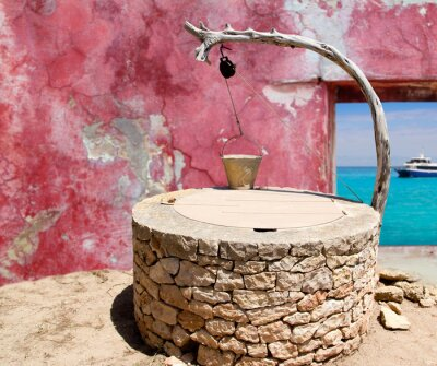 Plakat Remis oraz tradycyjne dania kuchni śródziemnomorskiej murów