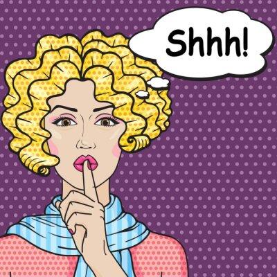 Plakat Retro dziewczyna mówi Ciii Pop Art Comics style. Wektor blond kręcone kobieta oddanie jej palec na ustach do spokojnej ciszy. Ciii gest.