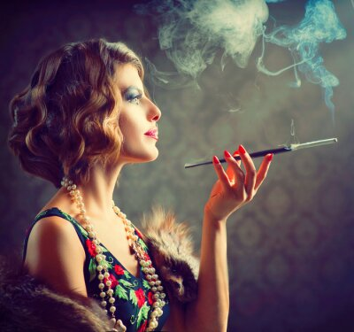 Plakat Retro Portret Kobiety. Palenie Dama z ustnika