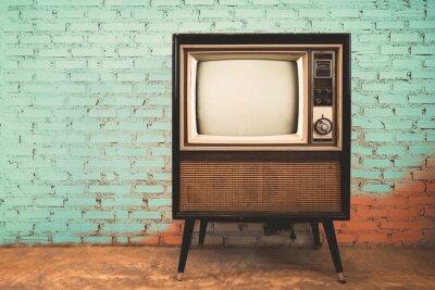 Plakat Retro stary telewizor w zabytkowych ścian pastelowy kolor tła