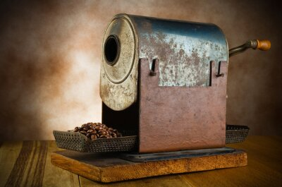 Plakat rocznika palarnia z ziaren kawy w tabeli drewna