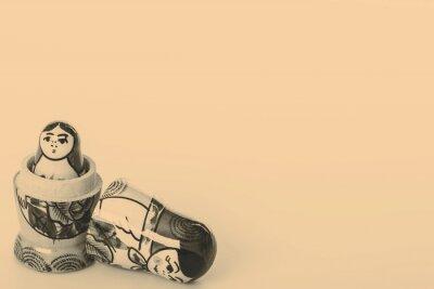 Plakat Rosyjskie matrioszki Pojedynczo na białym tle