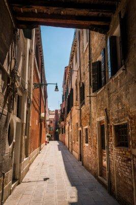 Plakat Ruelle dans rue à Venise Italie