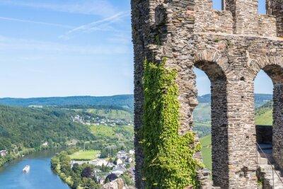 Plakat Ruiny Grevenburg zamku powyżej Traben-Trarbach, niemiecki Mosel przeciwko