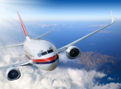 Plakat samolot na niebie z promieni słonecznych