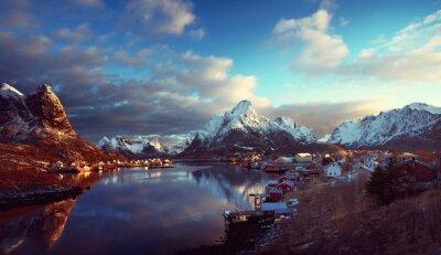 Plakat Śnieg w Reine Village, Lofoty, Norwegia