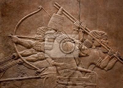Plakat Starożytna ulga asyryjskich wojowników walczy w wojnie
