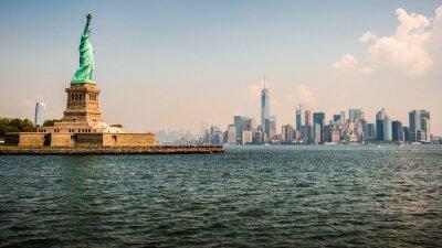 Plakat Statua Wolności i New York Skyline w tle