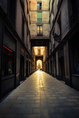 Plakat Straight narrow street in Gothic quarter, Barcelona.