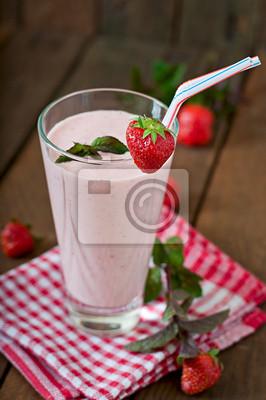 Strawberry Milkshake smoothie z świeże truskawki