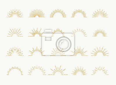 Plakat Sunburst ustawić styl złota na białym tle na białym tle logo, tag, pieczęć, t shirt, transparent, godło. Wektorowa ilustracja 10 eps