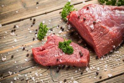 Plakat Surowe mięso wołowe