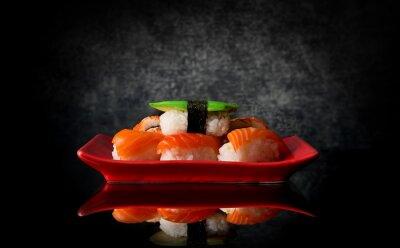 Plakat Sushi na płycie czerwony