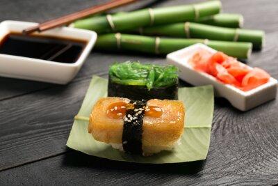 Plakat Sushi z omlet japoński