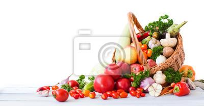 Plakat Świeże warzywa i owoce na białym tle.
