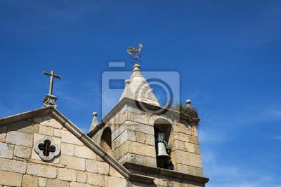 Plakat Szczegóły dzwonnica Curch historycznej miejscowości Idanha a Velha w Portugalii