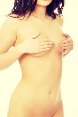Plakat Szczupła kobieta, obejmujące jej piersi.