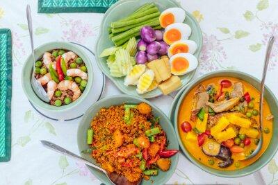 Plakat Thai Food / Pieczona kaczka curry / Thai Chili sosem zanurzenie / Jaja smażonego suma pikantny imbir