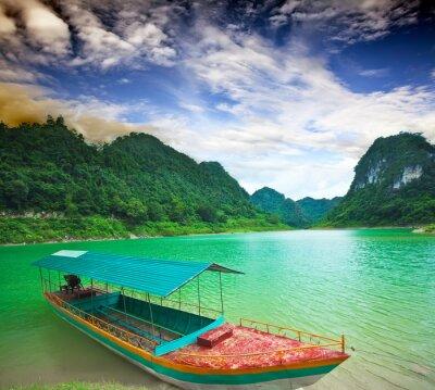 Plakat Thang Hen lake