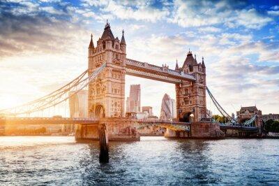 Plakat Tower Bridge in London, the UK at sunset. Drawbridge opening