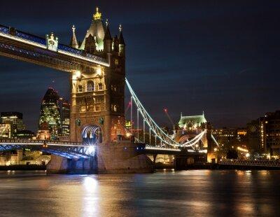 Plakat Tower Bridge w nocy
