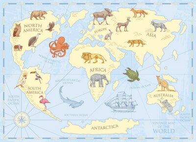 Plakat Vintage mapa świata z dzikimi zwierzętami i górami. Stwory morskie w oceanie. Stary pergamin retro. przyroda na ziemi koncepcji. tło lub plakat dla dzieci. grawerowane ręcznie rysowane, kontynent i wy