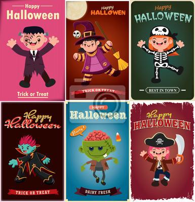 Vintage plakat Halloween z wektora czarownica, szkielet, wampir, zombie, pirackie znaki.
