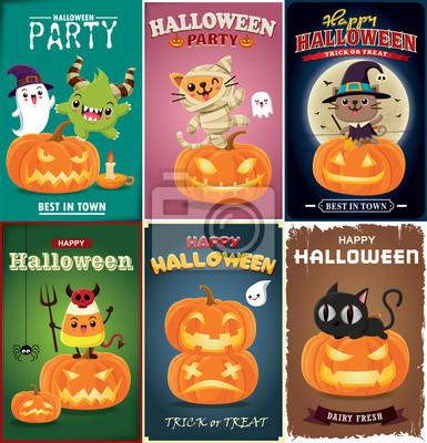 Vintage plakat Halloweenowy projekt z wektorową czarownicą, mamą, kotem, pająkiem, nietoperzem i postacią ducha.