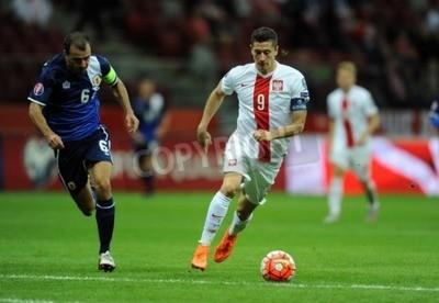 Plakat WARSZAWA, POLSKA - 07 września 2015: EURO 2016 France Football Euro Cup Kwalifikacje Polska vs Gibraltarop Roy Chipolina Robert Lewandowski