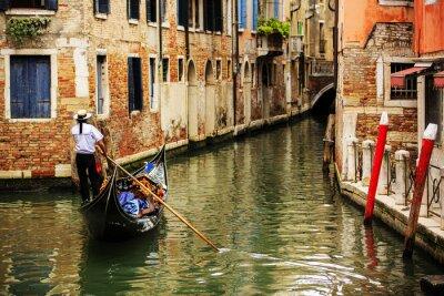 Plakat Wenecja, Włochy - Gondoliera i zabytkowe kamienice