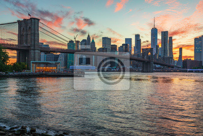 Plakat Widok na Manhattan Skyline z Brooklyn Bridge Park