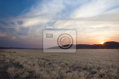 Plakat Widok na pustyni w Sossusvlei, Namibii, na zachodzie słońca