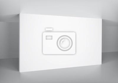 Wnętrze z pustej białej ścianie, miejsce na zdjęcie.