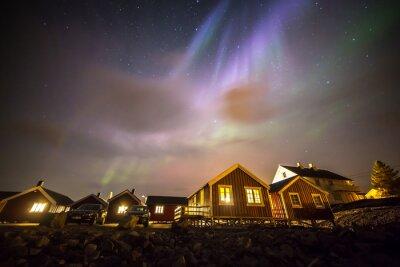 Plakat Aurora borealis nad Rorbuer w miejscowości Hamnøy, Lofoty, Norwegia